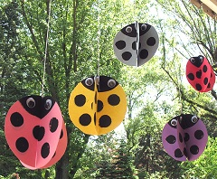 twirling ladybugs on grandma ideas dot com