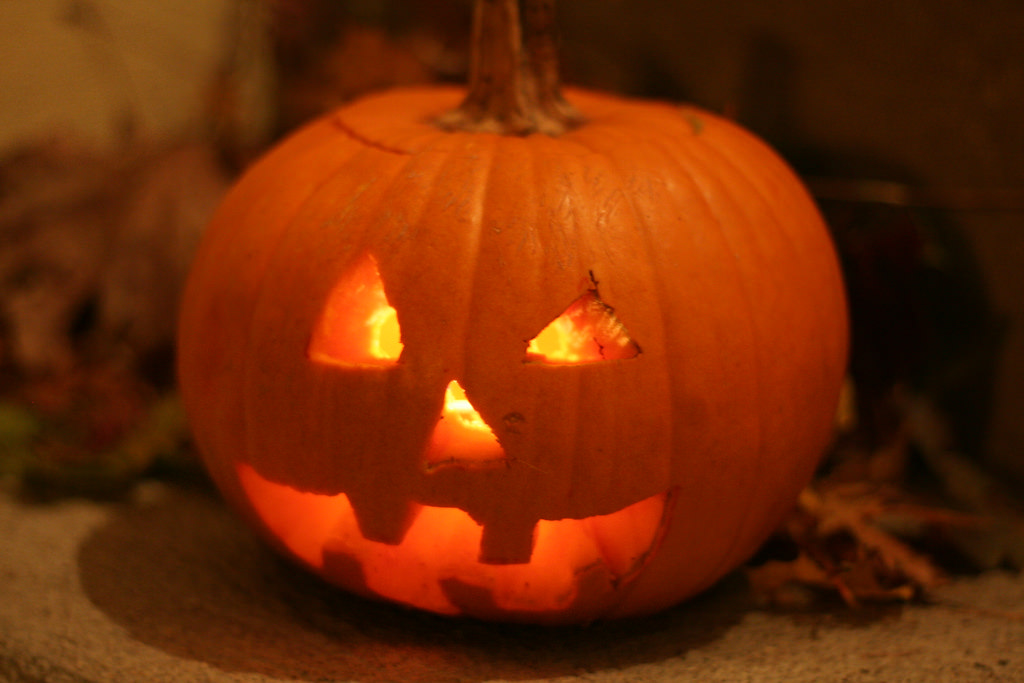 Here are 5 unique Halloween games to play at a family Halloween party