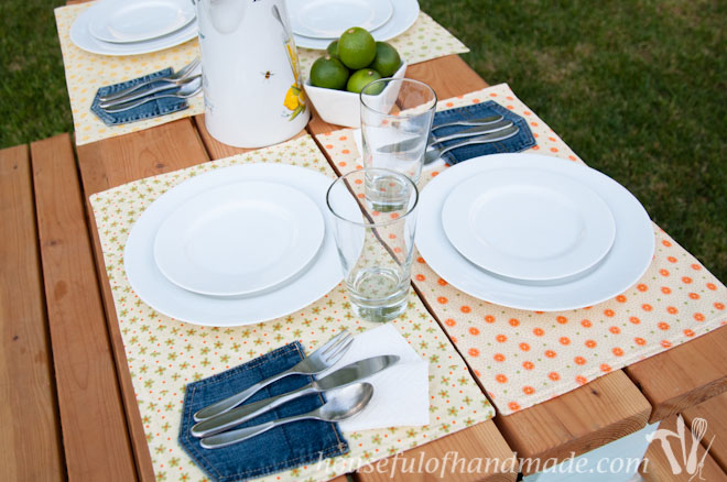 Katie at A Houseful of Homemade made these cute picnic placemats. Click to learn how to make them.