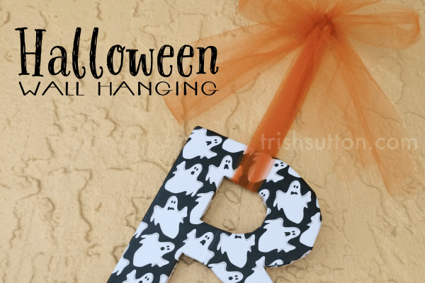 This Boo Halloween hanging decoration is easy and fun to make.