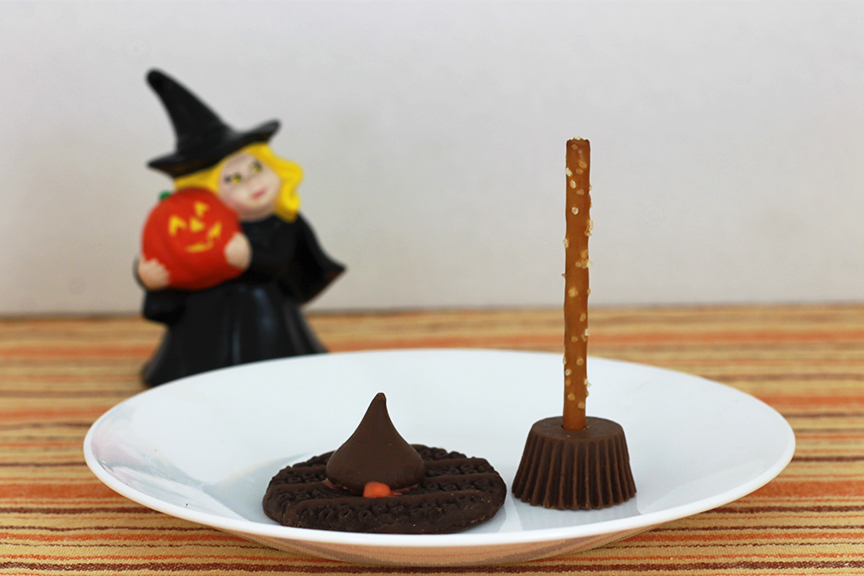 This witch's hat and witch's broom are super fun treats for your family Halloween party.
