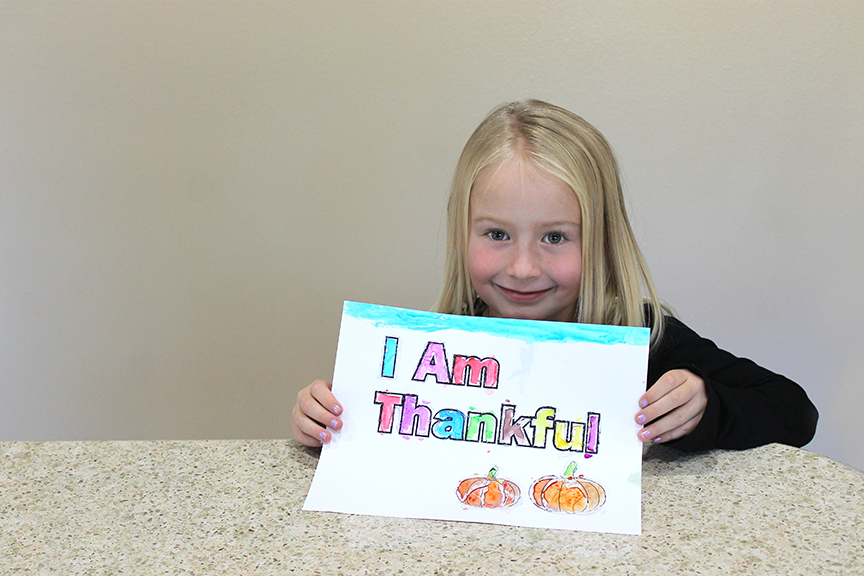 This I Am Thankful art activity uses the resist art technique. Kids will love doing it with this free Thanksgiving printable.