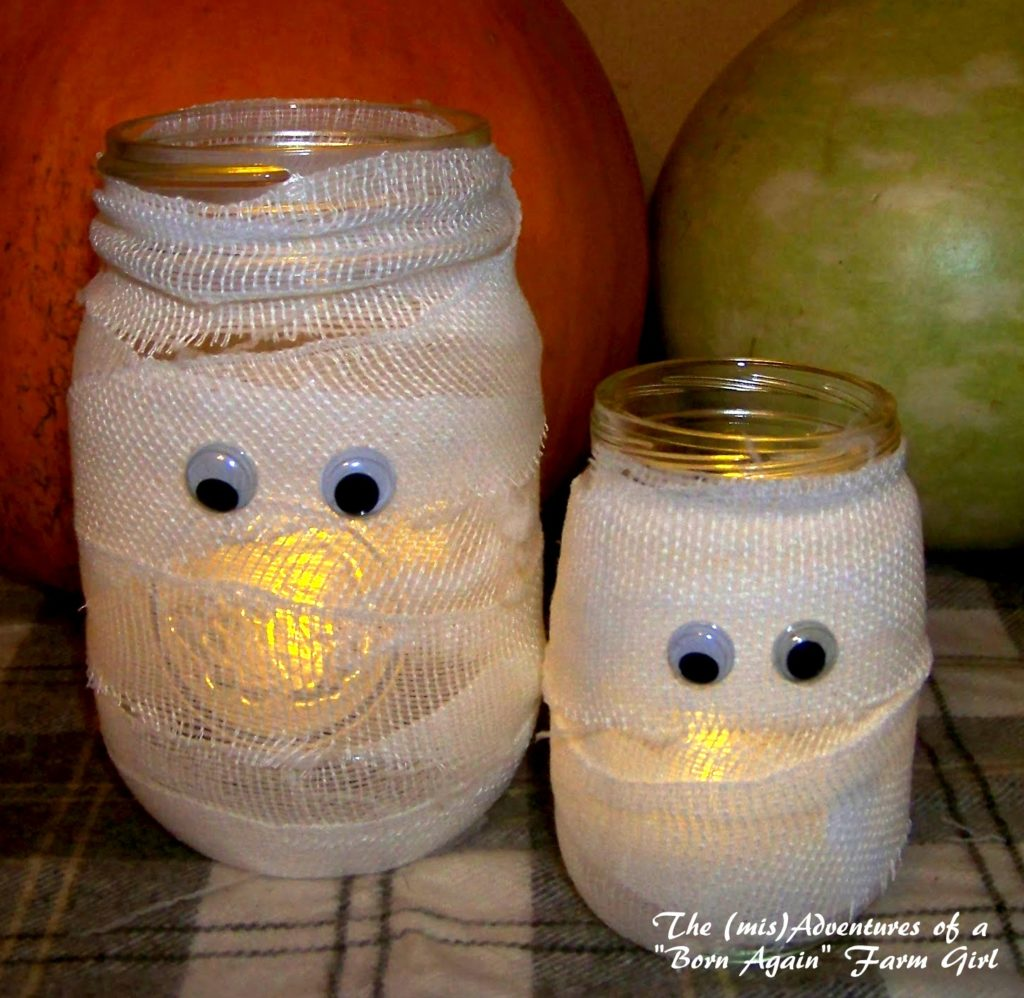 This mummy jar craft was featured at Party in Your PJs link party.